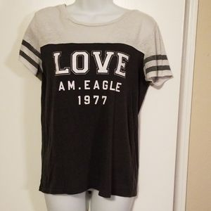American Eagle Outfitters Tops - American Eagle tee